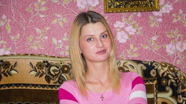 Стелла Андриюк девушка с ампутацией обеих ног - Sputnik Грузия