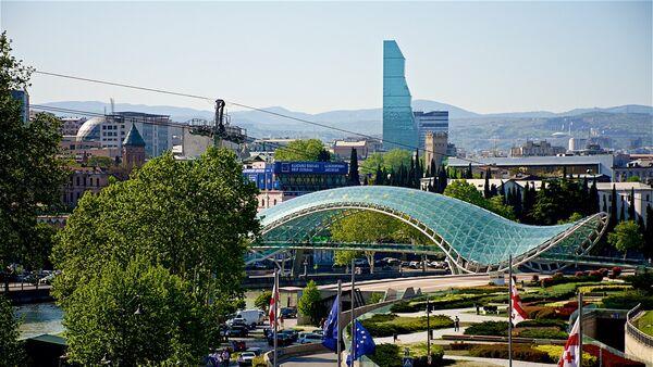 Тбилиси в солнечную погоду весной - Sputnik Грузия