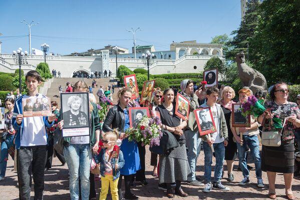 Проведение акции Бессмертный полк направлено на сохранение памяти о событиях Великой Отечественной войны и героях тех лет, которыми на самом деле являются все те, кто воевал тогда против фашизма - Sputnik Грузия