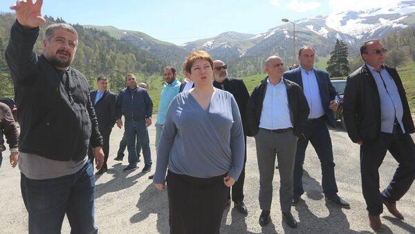 Министр регионального развития и инфраструктуры Грузии Майя Цкитишвили в Бакуриани  - Sputnik Грузия