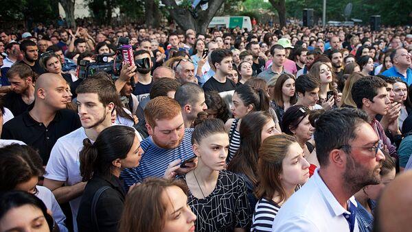 Акция протеста в столице Грузии у здания прокуратуры - Sputnik Грузия
