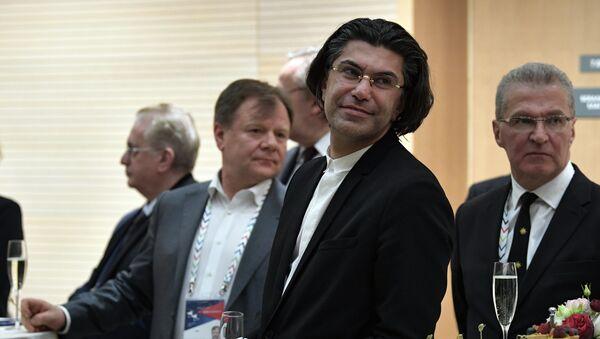Ректор Академии русского балета Николай Цискаридзе во время фуршета - Sputnik Грузия