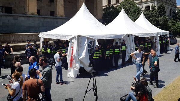 Акция протеста на проспекте Руставели - палатки - Sputnik Грузия