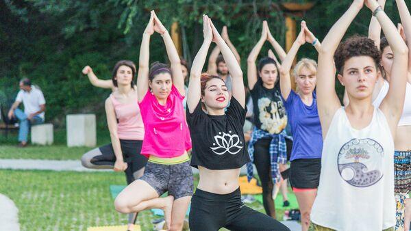 Международный день йоги - Sputnik Грузия