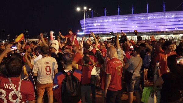 Бельгийские и британские фанаты устроили гуляния в Калининграде - Sputnik Грузия