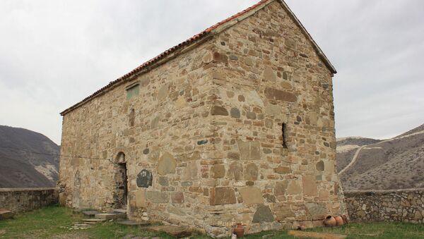 Монастырь на территории Каспи - Sputnik Грузия