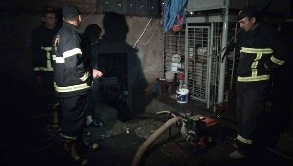 Спасатели откачивают воду из затопленных домов - Sputnik Грузия
