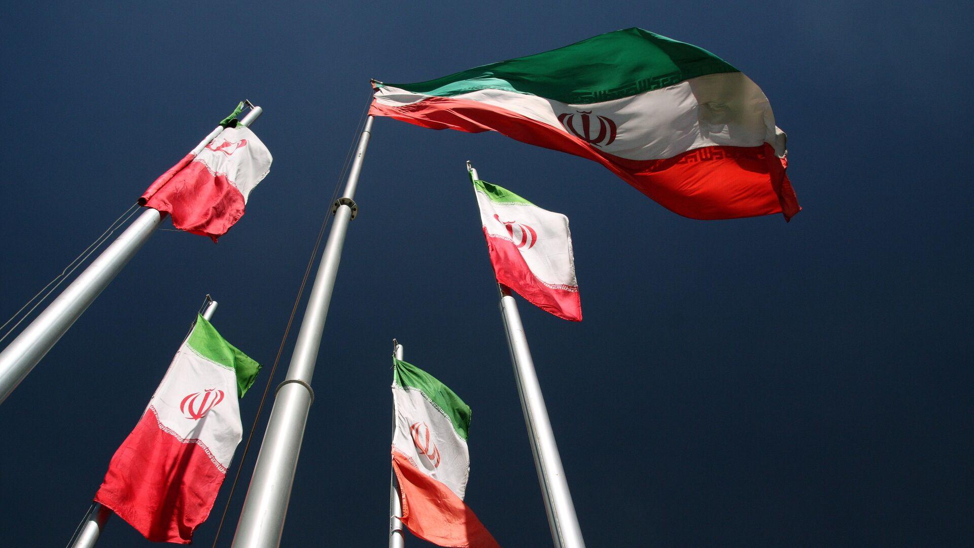 Флаги Ирана. - Sputnik Грузия, 1920, 04.10.2021