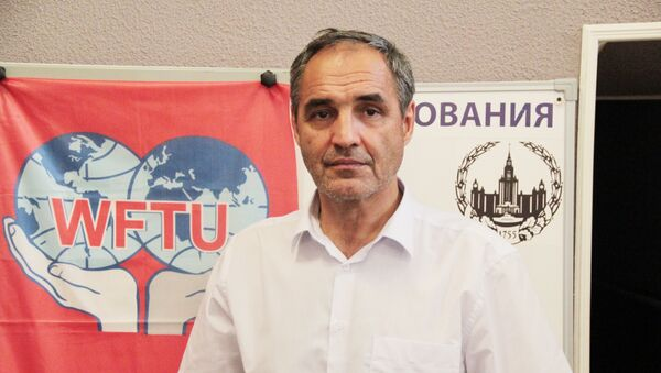 Председатель Профсоюза трудящихся мигрантов Ренат Каримов - Sputnik Грузия