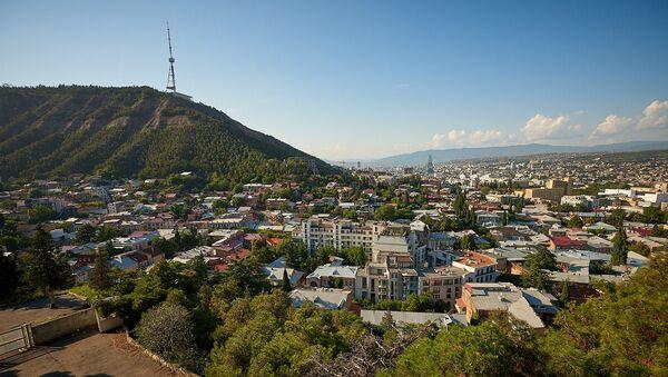 Вид на город Тбилиси и гору Мтацминда - Sputnik Грузия