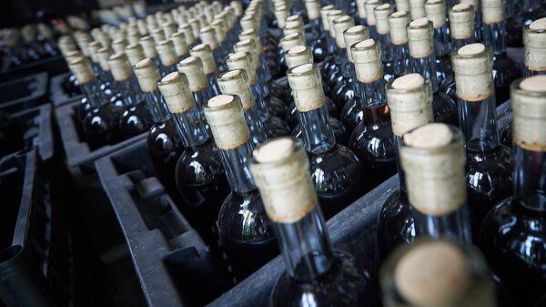 Грузинское вино которое отправят на экспорт - Sputnik Грузия