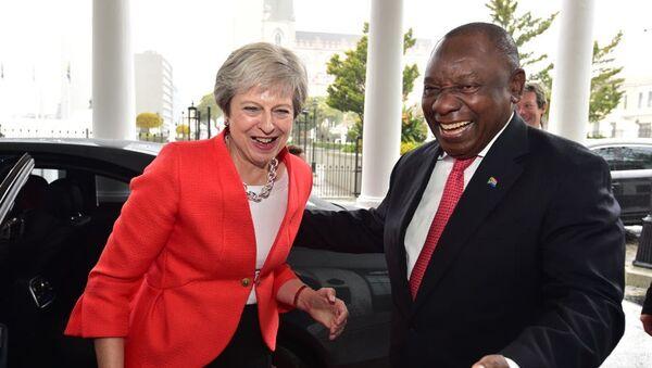 პრემიერ-მინისტრი ტერეზა მეი და სამხრეთ აფრიკის რესპუბლიკის პრეზიდენტი სირილ რამაფოსა - Sputnik საქართველო