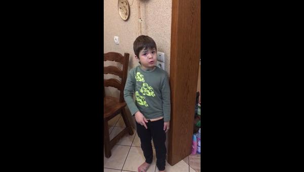 პატარა ბიჭის საყვედური მამას თაგვის მოკვლის გამო - Sputnik საქართველო
