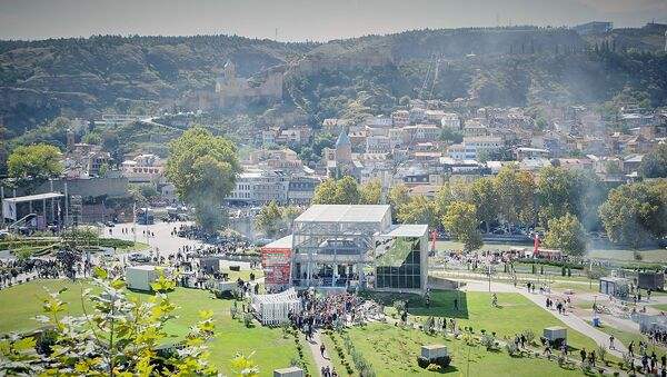 Столица Грузии во время празднования Тбилисоба - парк Рике - Sputnik Грузия
