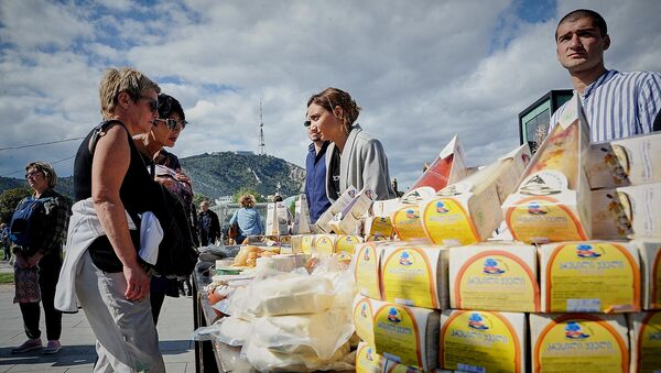 Столица Грузии во время празднования Тбилисоба - выставка грузинской продукции в парке Рике - Sputnik Грузия