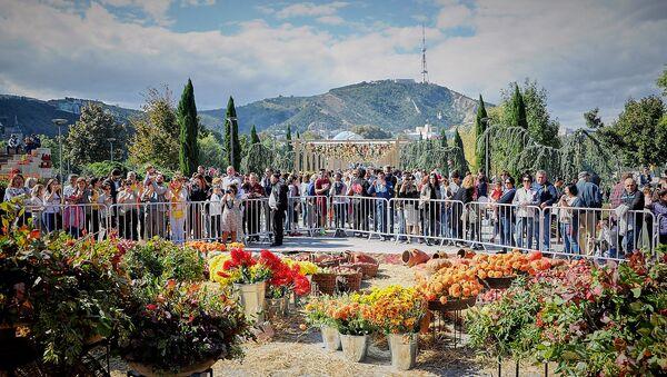Столица Грузии во время празднования Тбилисоба - выставка цветов в парке Рике  - Sputnik Грузия