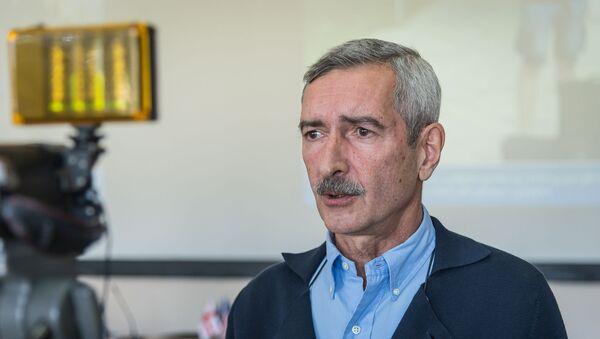 Руководитель лаборатории Лугара Паата Имнадзе - Sputnik Грузия