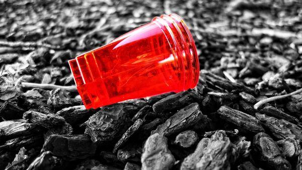 пластиковый стакан - Sputnik Грузия