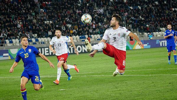 Матч между сборными Грузии и Андорры по футболу - Вако Казаишвили в атаке - Sputnik Грузия