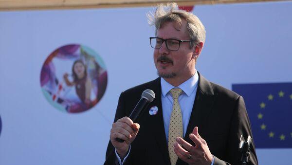 Посол ЕС в Грузии Карл Харцель - Sputnik Грузия