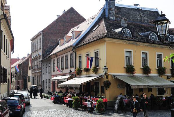 Улица Млетачка находится к северу от площади Святого Марка. Там можно посетить мастерскую Мештровича - одного из самых известных хорватских скульпторов и архитекторов ХХ века - Sputnik Грузия