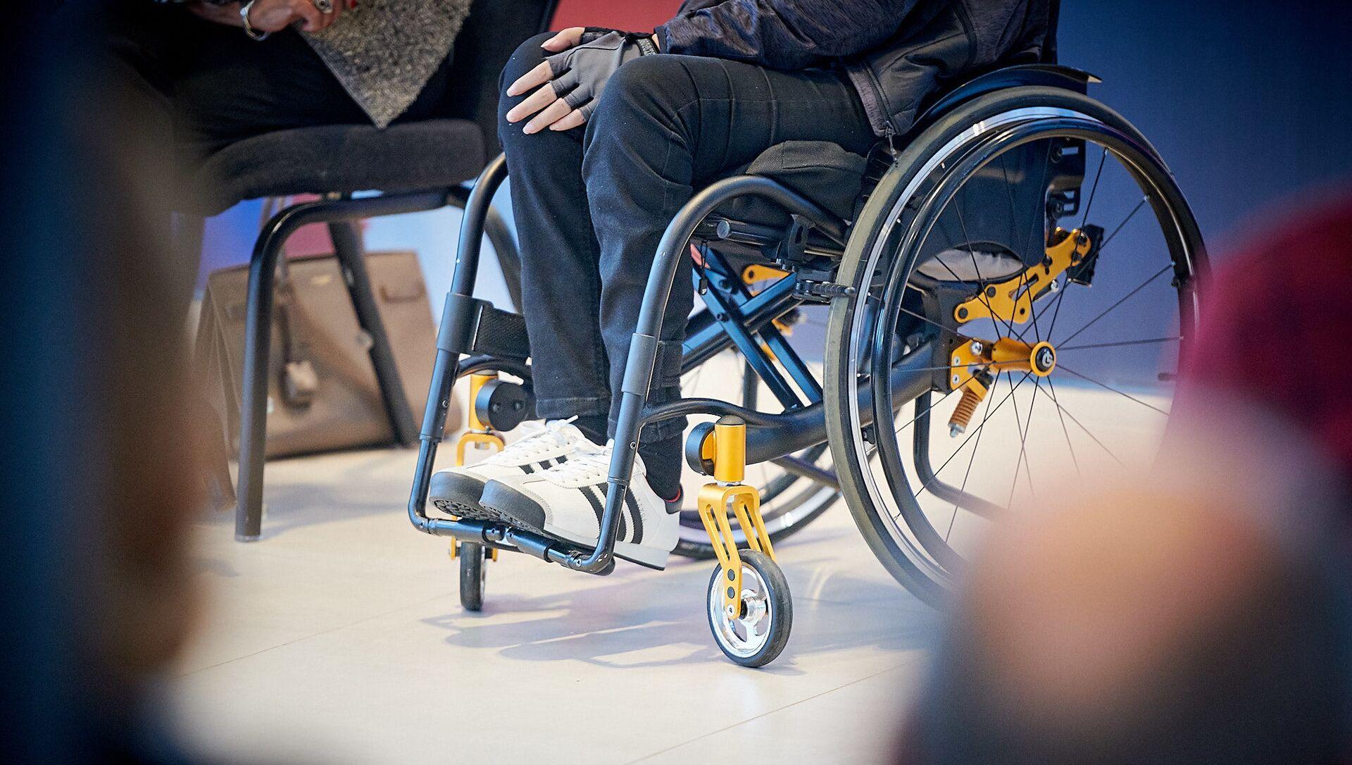 Инвалидная коляска - Sputnik Грузия, 1920, 02.06.2021