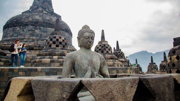 Буддийский храмовый комплекс Борободур - Sputnik Грузия
