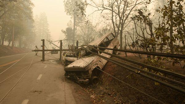 Последствия опустошительных лесных пожаров в штате Калифорния, США - Sputnik Грузия