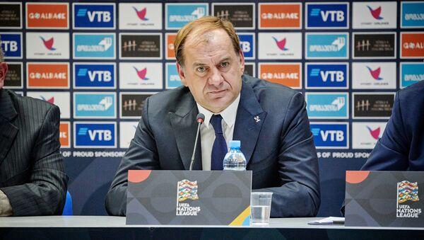 Владимир Вайсс на итоговой пресс-конференции - Sputnik Грузия