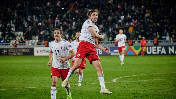 Матч между сборными Грузии и Казахстана по футболу в рамках Лиги наций УЕФА - Георгий Чакветадзе радуется забитому голу - Sputnik Грузия