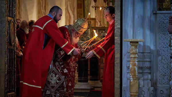 Католикос-Патриах Всея Грузии Илия Второй в храме Самеба во время празднования Гиоргоба - Sputnik Грузия