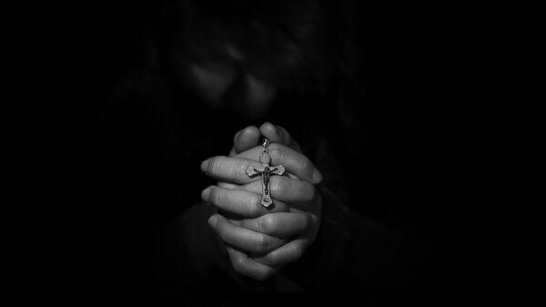 ბერი ლოცვის დროს - Sputnik საქართველო