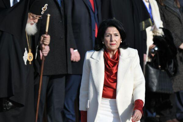 Возглавлять страну Зурабишвили будет до осени 2024 года   - Sputnik Грузия