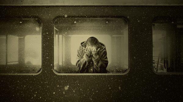 მოხუცი ქალი ფანჯარაში - Sputnik საქართველო