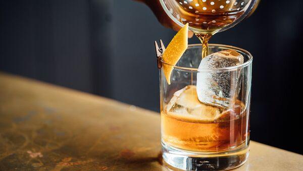 Бокал виски - Sputnik Грузия