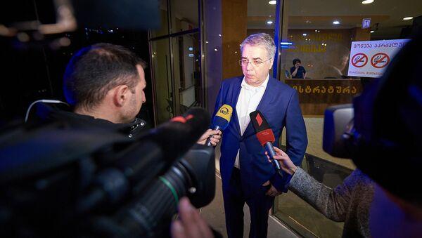 დავით სერგეენკო ჟურნალისტებთან საუბრისას - Sputnik საქართველო