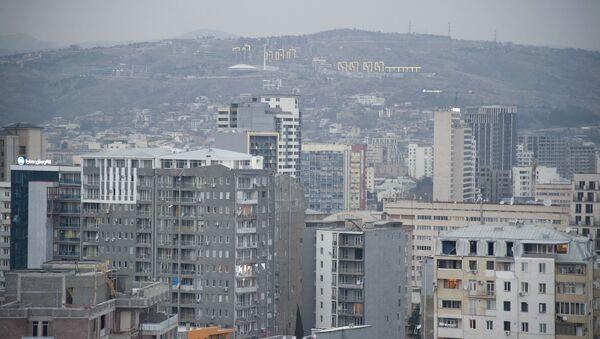 Вид на город Тбилиси. Жилые дома - Sputnik Грузия