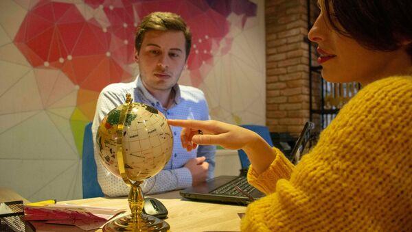Репортер меняет профессию: сотрудник туристического агентства - Sputnik Грузия