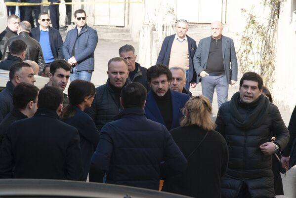 На место трагедии оперативно прибыл мэр города Каха Каладзе - Sputnik Грузия