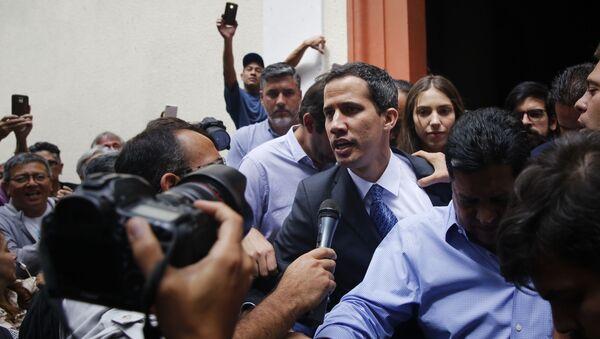 Лидер оппозиции Венесуэлы Хуан Гуаидо выступил на митинге в Каракасе  - Sputnik Грузия
