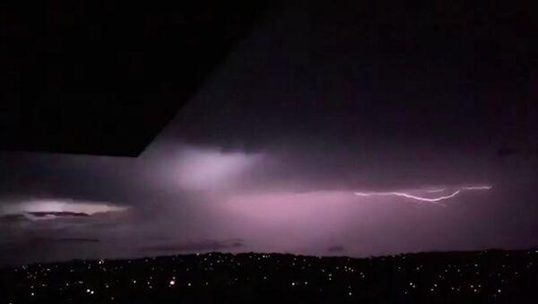 Мощный шторм оставил Сидней без света - Sputnik Грузия