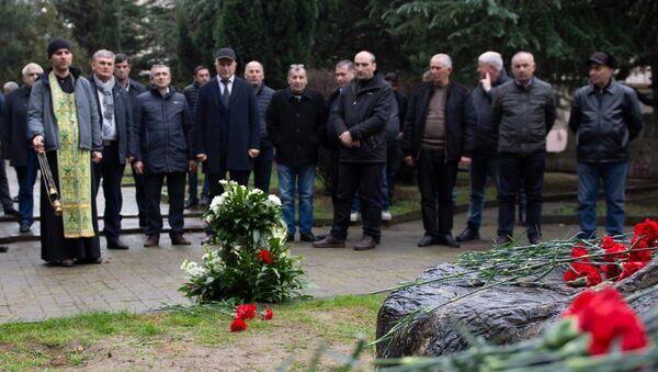 В столице Грузии почтили память солдат, погибших в афганской войне - Sputnik Грузия