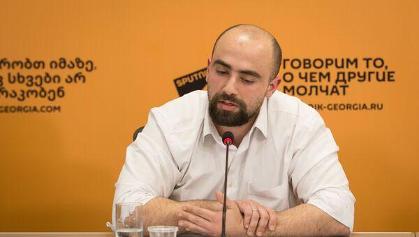 Политолог, лектор Тбилисского государственного университета им. Джавахишвили Арчил Сихарулидзе - Sputnik Грузия