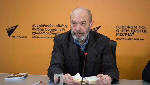 Директор Института стратегии управления Петр Мамрадзе - Sputnik Грузия