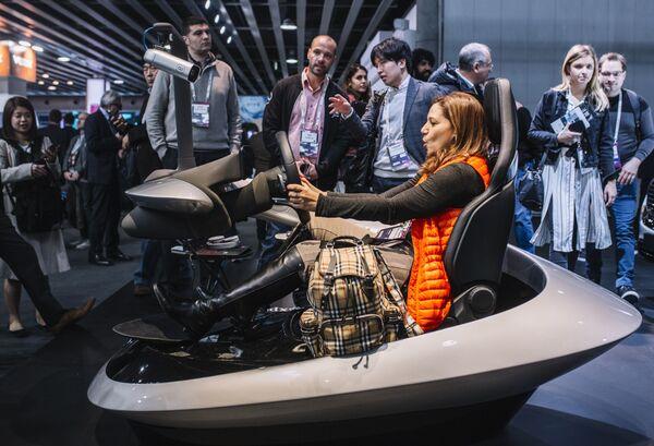 Выставка и конгресс объединили на одной площадке более 2000 компаний из разных стран, представляющих самые современные продукты и технологии, которые будут определять будущее мобильной индустрии - Sputnik Грузия