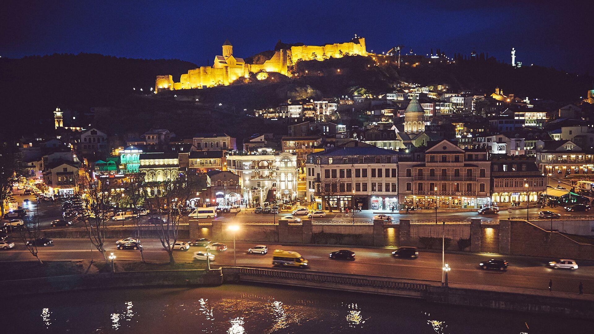 Вечерний Тбилиси - Нарикала, Мейдан, Кала убани. Старый город - Sputnik Грузия, 1920, 08.10.2021