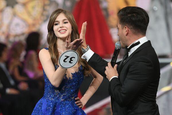 """ტიტული """"მის რუსეთი 2019"""" 20 წლის აზოველმა ალინა სანკომ - Sputnik საქართველო"""