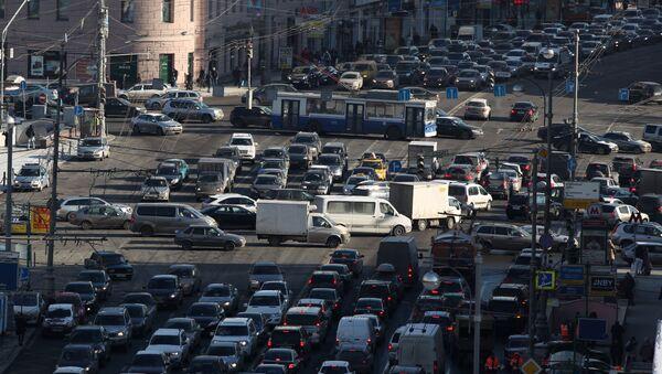 Автомобильные пробки на Тверской в Москве - Sputnik Грузия