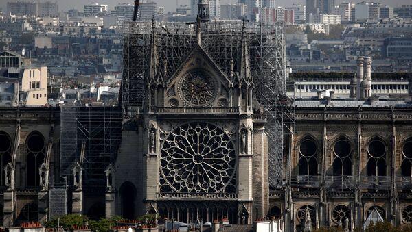 Парижский собор Нотр-Дам после пожара - Sputnik Грузия