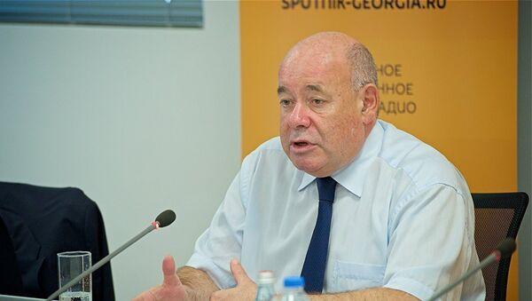 Михаил Швыдкой во время пресс-конференции - Sputnik Грузия